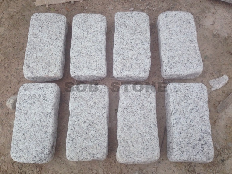 G601 White Granite Cobbles Tumbled 20x10cm Paving Stone