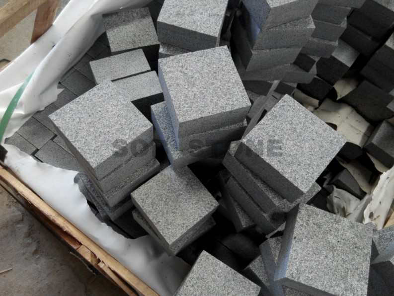 G654 Dark Grey Granite Flamed Cobble Pavers