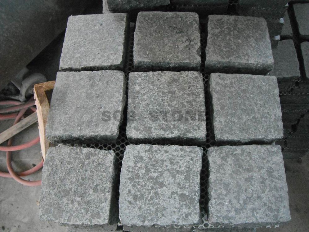 G684 Black Basalt Cobble On Sheet Paving Stones