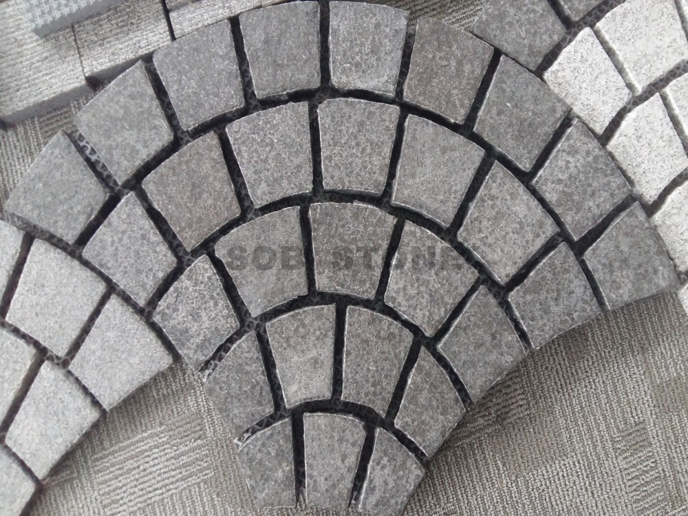 G684 Black Granite Basalt Cobble Fan Shape Pavers On Sheet